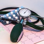 blood-pressure-monitor-1952924_640